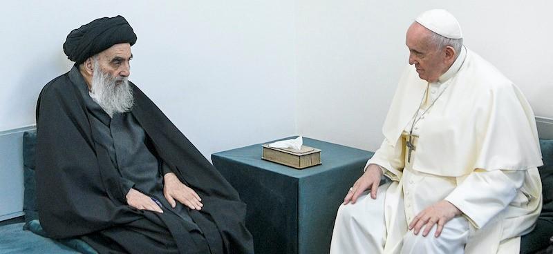 The historical meeting between Pope Francesco Bergoglio and the Ayatollah Sciita Al-Sistani